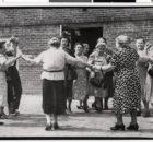 tanzende omas